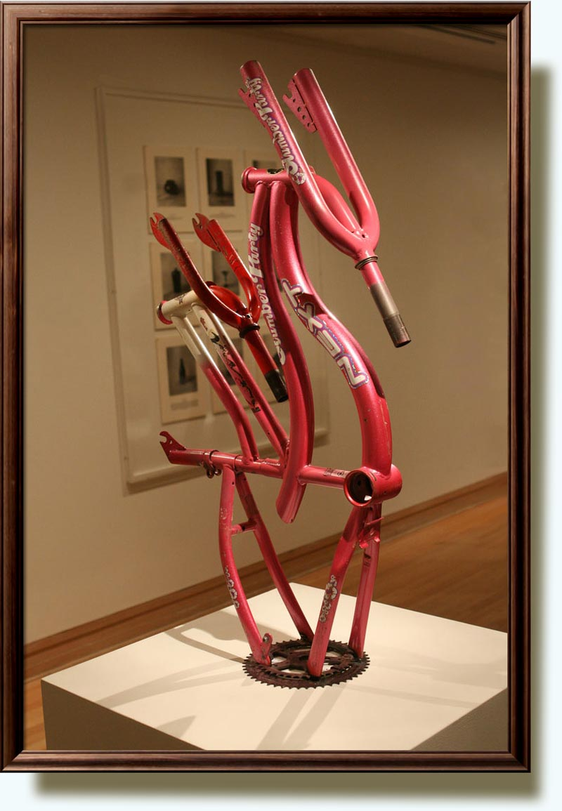Willie Cole (b. 1955 in Newark, New Jersey, US). Next Kent tji wara. 2007. Bycicle parts, spray paint and brazing. 94×52.1×21 cm. The piece is part of «Reconfiguring an African Icon: Odes to the Mask by Modern and Contemporary Artists from Three Continents». Metropolitan Museum of Art, Hortense and William A. Mohr Sculpture Purchase Fund, 2008.
